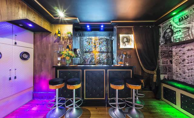 Seats at Bubbly Bar