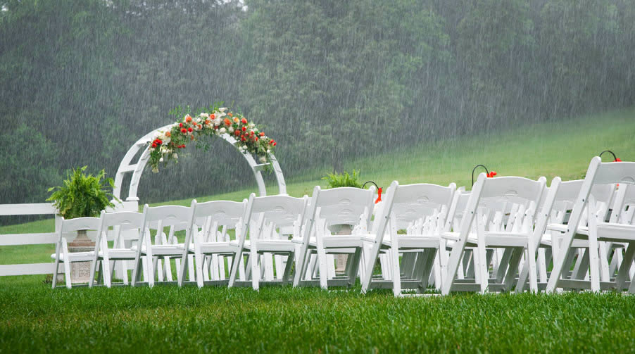 rainy-wedding-blog-wedding-salon